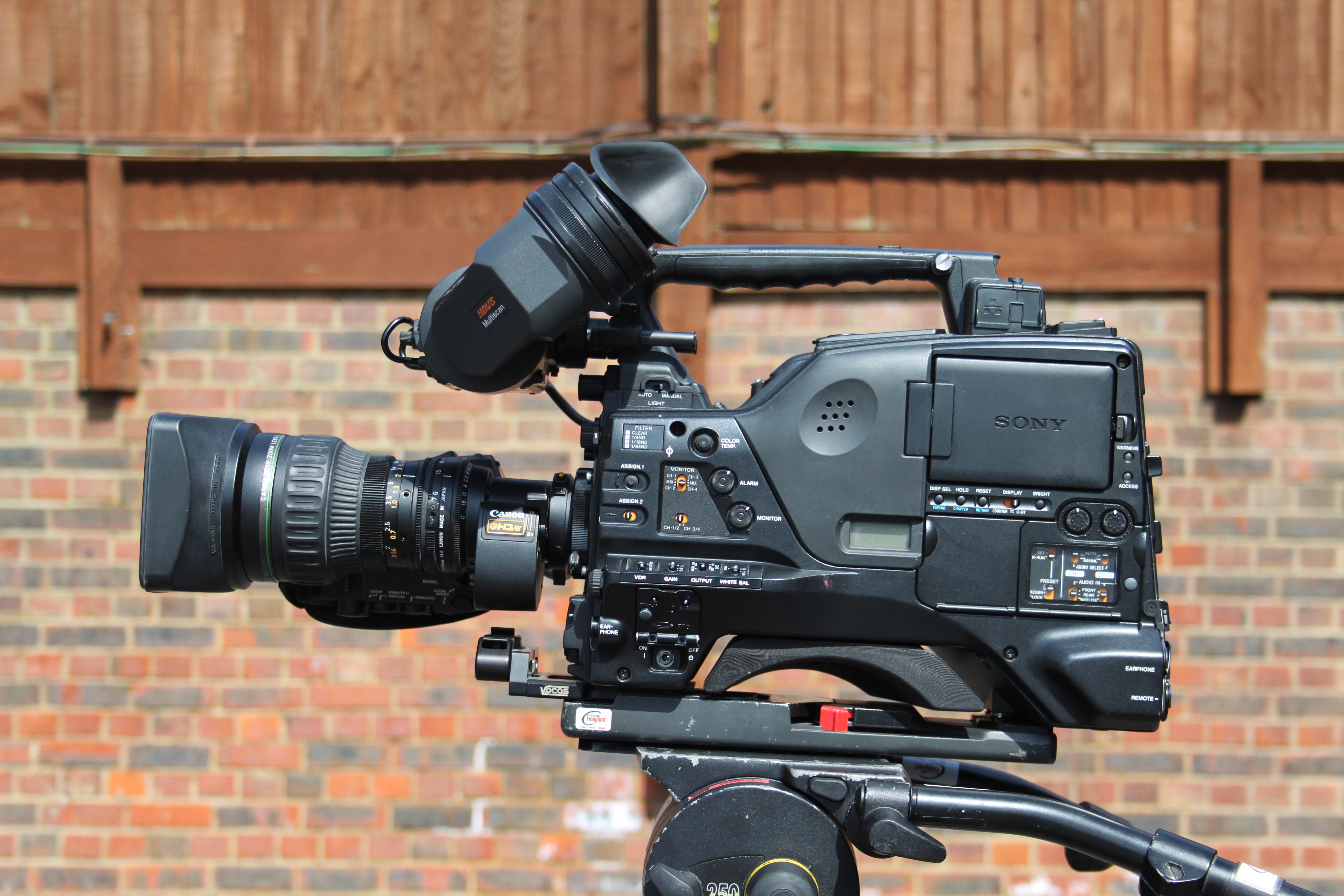 Sony PDW-700 Broadcast Camera Complete Kit
